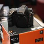 SONY α77 SLT-A77V ボディ   中古カメラ・中古レンズの買取